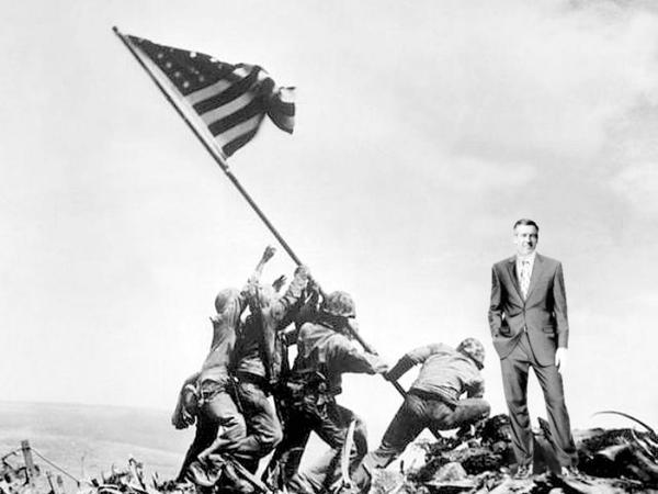 BW-Raising Flag